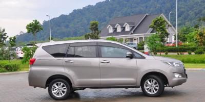 Cho thuê xe hợp đồng tháng 7 chỗ Toyota Innova tại Đà Nẵng