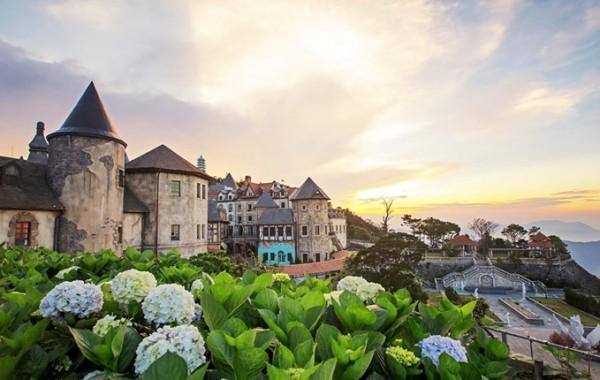 Khu du lịch Bà Nà Hills đốn tim hàng triệu du khách