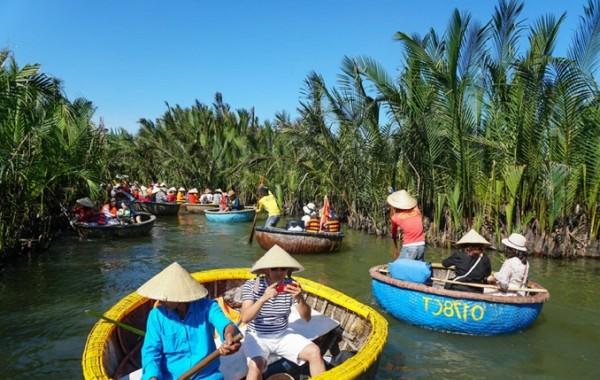 Khám phá Rừng dừa Bảy Mẫu tại Hội An