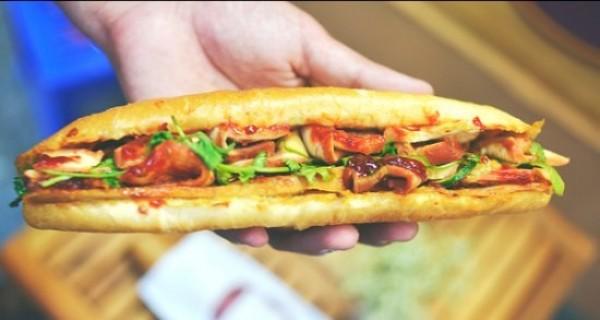 Top 4 địa điểm bánh mì Hội An ngon nhất thế giới